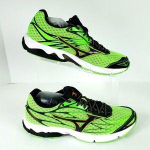 Mizuno Wave Catalyst Mens Lightweight Running Shoe